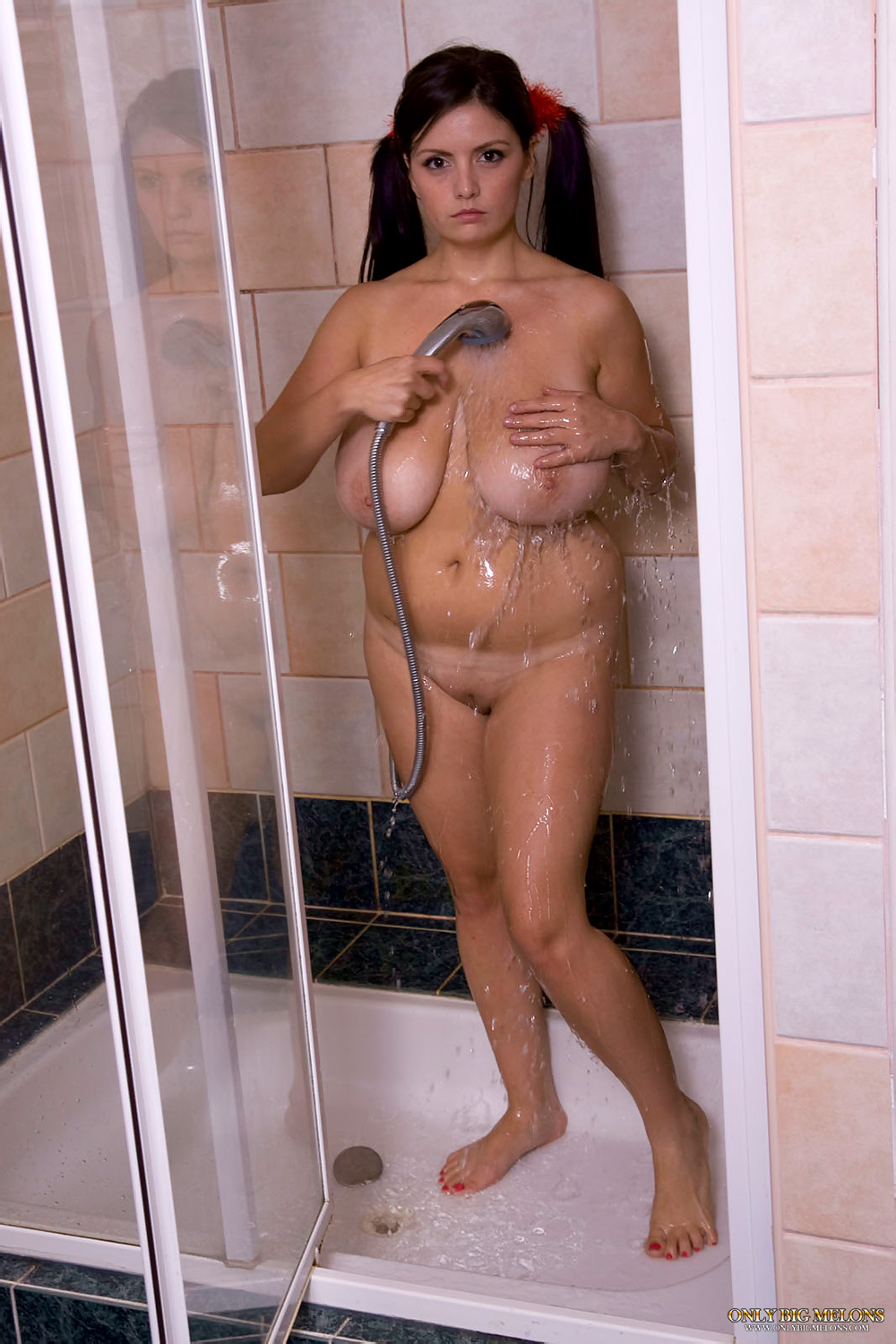 http://www.only-bigmelons.com/hosted/pictures/obmp051617/01.jpg